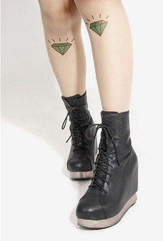 Rajstopy Cieliste We Wzory Imitujące Tatuaż Diamenty Kobiety